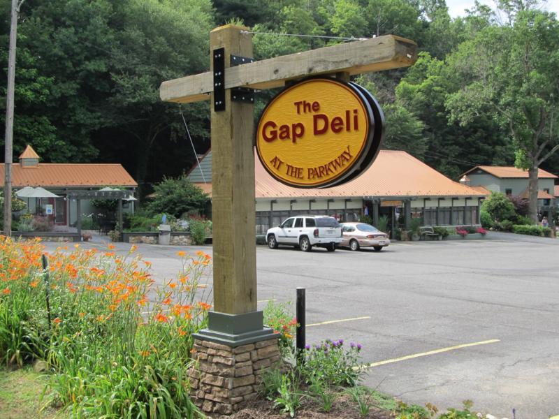 Treasure Potts Antique Amp Garden Shoppes And The Gap Deli